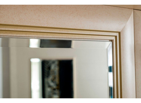 Однодверный шкаф с зеркалом и с полками внутри - 125.012 (универсальный L / R)