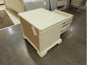 Прикроватная тумба с двумя выдвижными ящиками - ЛД 642.390