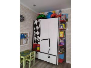 Трех-дверный комбинированный шкаф с 2-мя ящиками - 514.030