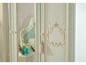 Четырех-дверный шкаф c зеркалами, с полками и со штангой - 665.111