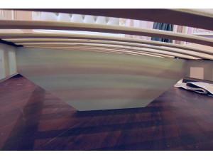 Кровать с резным изголовьем с мягкой вставкой, с решеткой и без матраса, сп. место 120*200 - 665.095