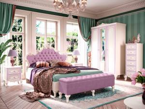 Кровать с резным изголовьем с мягкой вставкой, с решеткой и без матраса, сп. место 160*200 - 517.145